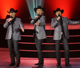 WNIT Welcomes The Texas Tenors! Image